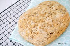 Spelt haverbrood - Mind Your Feed Cooking Bread, Bread Baking, Vegan Bread, Juice Plus, Group Meals, Fodmap, Me Time, Bread Recipes, Banana Bread