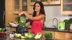 Glowing Green Smoothie-Kimberly Snyder shows us the benefits of using a Vitamix blender to create her signature nutrient-rich Glowing Green Smoothie http://productsreviews.ca/Greensmoothies