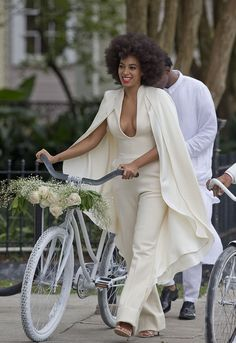 reflecting on being a single mother, in the context of Solange's wedding