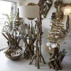unique-driftwood-floor-lamp-for-decorative-lighting-ideas-restoration-hardware-floor-lamps-wood-tripod-floor-lamp-driftwood-light-fixtures-driftwood-lamps-for-sale-driftwood-table-lamps-tree-branch-fl.jpg (900×900)