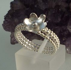 Stacking Sterling Silver Pearl Wire Flower Ringset ready to ship size S £35.00