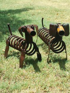 Metal art dogs  Scrap metal art  Junk yard dogs Weeny dog couple