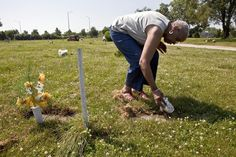As Burr Oak settlement payments arrive, old wounds reopen 3 years after cemetery scandal, litigation comes to an end — but not families' pain