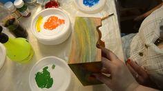 Декупаж. Радужный рисунок дерева. Лессировка.