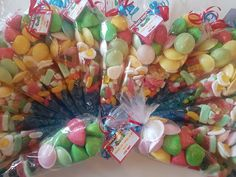 Angry bird candy cones by Sweet Memories #anygrybirds #candycones #sweetcones #sweetmemories