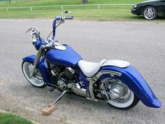 V Star Bobber, Yamaha V Star, Yamaha Cruiser, Yamaha Motorcycles, Bobber Chopper, Bike Ideas, Choppers, Custom Bikes, Motorcycle Parts