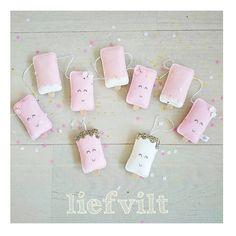 Bestellingen maken..inpakken #liefvilt #ijsjes #verjaardagsslinger #kraamcadeau #vilt #zwanger #babygirl