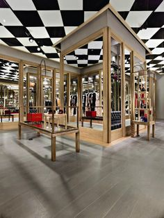 Moschino boutique by Michele De Lucchi, Milan – Italy
