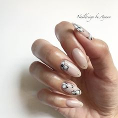 Flower nails by Ayano Hori