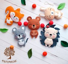 The Best Felt Paper Crafts for Beginners - Diyandart Kids Crafts, Felt Crafts Diy, Fabric Crafts, Sewing Crafts, Sewing Projects, Felt Patterns, Stuffed Toys Patterns, Felt Christmas Ornaments, Christmas Crafts