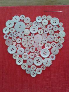 Hart gemaakt van oude knoopjes