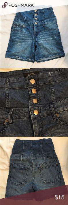 F21 | high-waisted denim shorts F21 unique extra high-waisted denim shorts with zipper and 4-button closure. Super cute with crop tops! Great condition - only worn once! Forever 21 Shorts Jean Shorts