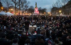 Το Κουτσαβάκι: Στο Παρίσι αστυνομία εκτόπισε τους διαδηλωτές από ...
