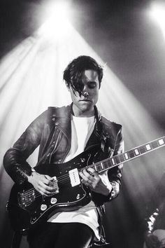 Zach Abels jawline for days