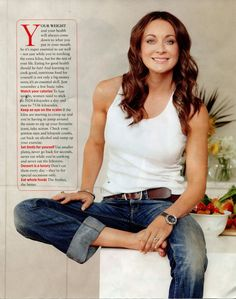 Michelle Bridges - she is an overflowing source of inspiration. Such a beautiful and fit looking person. It's my goal to look this great in jeans and a white shirt! Michelle Bridges 12wbt, Healthy Habits, Healthy Foods, Fitspiration, Fitness Inspiration, Going Out, That Look, Camisole Top, Health Fitness