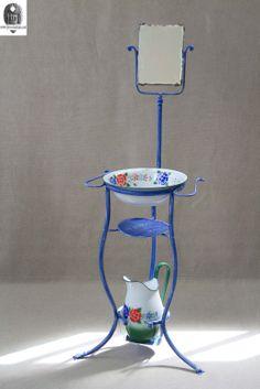 Restauro su pezzo originale anni '20 - Riproducibile per la vendita. Visitate il nostro sito www.ferro-battuto.net