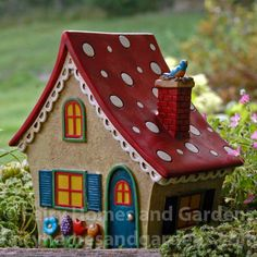 Merriment Solar Fairy Cottage This cottage is classic Mary Engelbreit with its polka dot roof, whimsical flowers, and tiny bird nesting in the chimney. Solar Fairy House, Fairy Garden Houses, Garden Cottage, Fairy Gardening, Indoor Gardening, Bird Houses Painted, Bird Houses Diy, Bird House Kits, Gnome House