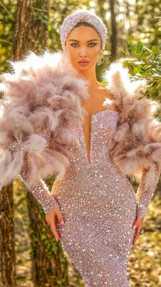 Prom Girl Dresses, Event Dresses, Beautiful Wedding Gowns, Sexy Wedding Dresses, Couture Outfits, Fashion Outfits, Designer Evening Gowns, Wedding Hair And Makeup, Vintage Glamour