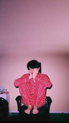 K Wallpaper, Cartoon Wallpaper, Wallpaper Quotes, Yuehua Entertainment, Korean Boy Bands, Ulzzang Boy, Kpop Boy, Youngjae, Asian Boys