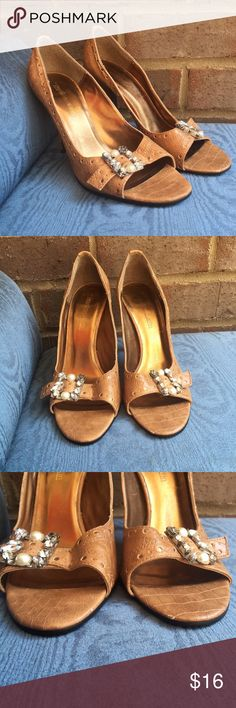 """Leather Texture Gold/Gem Detail Peeptoe Tan Heels These lovely heels have so many gorgeous details. Gold Cutout detail on back of heel. Pearl and gem buckles. One gem missing from one heel (pictured). 3.75"""" heel. 60073 Johnathan Martin Shoes Heels"""