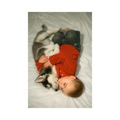 Baby boy hugging husky puppy ❤ liked on Polyvore featuring babies and kids