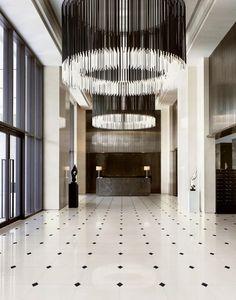Straight lines and symmetry - this lobby is almost too perfect Design Entrée, Lobby Design, Design Hotel, Design Trends, Design Ideas, Mid-century Interior, Interior Barn Doors, Modern Interior Design, Hotel Interiors