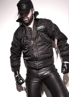 Men's Leather Jackets: How To Choose The One For You. A leather coat is a must for each guy's closet and is likewise an excellent method to express his individual design. Leather jackets never head out of styl Mens Leather Pants, Tight Leather Pants, Leather Gloves, Men's Leather, Leather Jackets, Cool Jackets For Men, Stylish Jackets, Stylish Men, Black Men