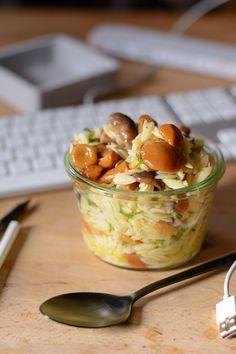 Ina Is(s)t: Essen im Büro #15 - Nudelsalat mit gemischten Pilzen, Trüffelöl und Basilikum