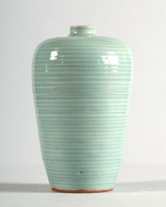 Greenware meiping, or plum blossom vase, Longquan kilns or Jingdezhen kilns, 13th century, Southern Song Dynasty (1127 - 1279)