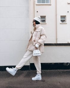 Winter Fashion Outfits, Fall Winter Outfits, Look Fashion, Korean Fashion, Womens Fashion, Nike Fashion, Winter Style, Street Fashion, Fashion Tips