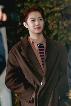 Baekyeol, Chanbaek, Chines Drama, Cute Korean Boys, Hongdae, Guan Lin, Lai Guanlin, Cute Anime Guys, Cube Entertainment