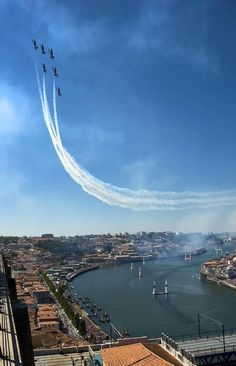 Breitling Jet Team exibition during Red Bull Air Race in Porto, Portugal. Travel Around The World, Around The Worlds, Porto City, Sea Activities, Douro, Visit Portugal, Life Is An Adventure, Best Cities, Surfing
