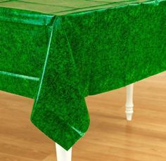 Tee Time All Over Grass Plastic Tablecloth by Amscan, http://www.amazon.com/dp/B004DMKSK8/ref=cm_sw_r_pi_dp_sjB2rb131HM56