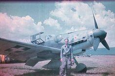 Vintage Planes BF 109 black (etc.) Daniel R, Puma vadászosztály Veszprém, 1944 Luftwaffe, Fighter Pilot, Fighter Jets, War Thunder, Ww2 Planes, Military History, Military Aircraft, Historical Photos, World War Ii