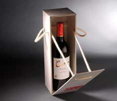 Discover recipes, home ideas, style inspiration and other ideas to try. Wood Packaging, Luxury Packaging, Bottle Packaging, Wine Gift Boxes, Wine Gifts, Posters Decor, Bottle Box, Wine And Liquor, In Vino Veritas