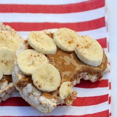This is amazing. Peanut butter, bananas, cinnamon over rice cakes. ❤️ . Checkout @GirlyExercises @GirlyExercises