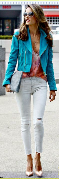 alessandra ambrosio denim style - (Discover Sojasun Italian Facebook, Pinterest and Instagram Pages!)