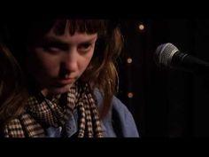 ▶ Angel Olsen - Full Performance (Live on KEXP) - YouTube