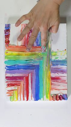 Mesmerizing Acrylic Finger Painting by Josie Lewis - Art - Using acrylic paint and fingers to create rainbow stripe painting. See more at Josie& Instagr - Art Diy, Diy Wall Art, Using Acrylic Paint, Art For Kids, Painting Ideas For Kids, Canvas Painting Tutorials, Painting Videos, Painting Techniques, Hand Art Kids