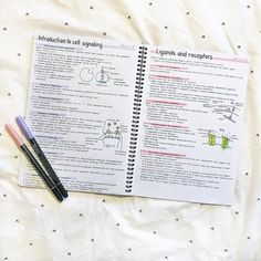 There are many reasons and we will have a look on top ones here. When you check out this e book, you must spend some time figuring out just how well E Degree finding out fits into your life. Does online education satisfy your particular life? Cute Notes, Pretty Notes, Good Notes, School Organization Notes, Study Organization, College Notes, School Notes, Neat Handwriting, Science Notes