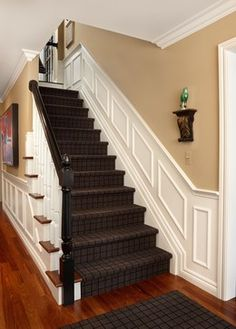 The walls Blythe stairs Eclectic Staircase Design, Pictures, Remodel, Decor and … – Top Trend – Decor – Life Style Stairway Wainscoting, Wainscoting Height, Wainscoting Kitchen, Painted Wainscoting, Dining Room Wainscoting, Wainscoting Ideas, Wainscoting Panels, Birmingham, Detroit