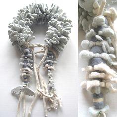 ANS BAKKER-NL -Fashion Bridal Theater Accessories  - felt Boa/necklace