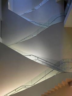 Staircases in architecture and interiors projects, including a sculptural staircase in a Brazillian loft and spiral stairs in a Lithuanian museum. Museum Architecture, Stairs Architecture, Amazing Architecture, Architecture Details, Interior Architecture, Grand Staircase, Staircase Design, Interior Stairs, Interior Exterior