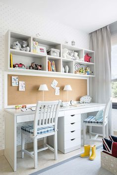 Casual Childrens Study Room Design Ideas For Your Kids - Zimmereinrichtung Study Room Decor, Study Room Design, Study Rooms, Kids Room Design, Home Office Design, Interior Office, Living Room Decor, Kids Study Desk, Kid Desk