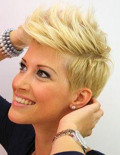 rövid női frizurák - női punk frizura