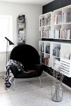Hans J Wegner / AJ floor lamp / Montana design storage system