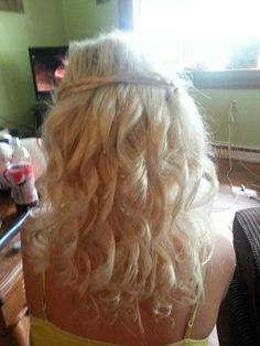 My hair for homecoming (: