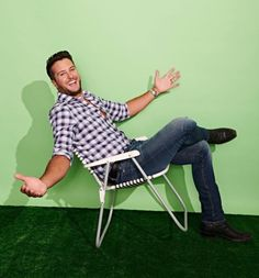 Luke Bryan Country Artists, Country Singers, Luke Bryan Songs, Luke Bryan Pictures, Shake It For Me, Cute Family, Country Boys, Luther, Future Husband
