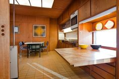 Planetveien Oslo, by Arne Korsmo and Christian Norberg-Schulz. Oslo, Sweet Home, Built In Furniture, 50s Furniture, Interior Design Boards, Atlanta Homes, Wooden Kitchen, 70s Kitchen, Floor To Ceiling Windows