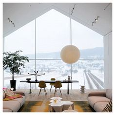 Vitra Haus : The Ultimate Modern Furniture Showroom Weil am Rhein, Germany Contemporary Architecture, Interior Architecture, Interior And Exterior, Isamu Noguchi, Furniture Showroom, Modern Furniture, Interior Design History, Living Styles, Home Decor Inspiration
